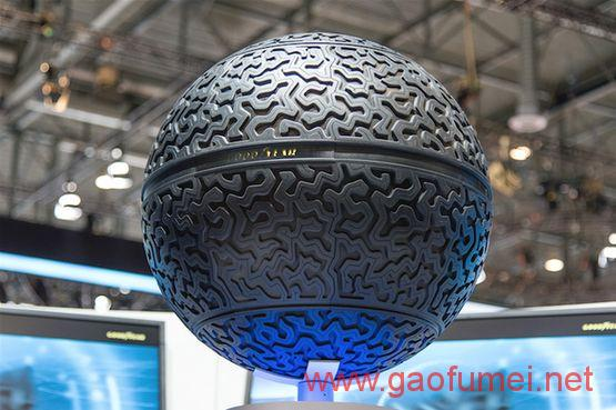 Goodyear公布球形磁悬浮AI轮胎根据路面改变表面纹理