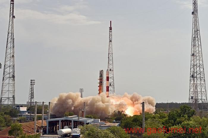 印度成功发射一箭31颗卫星30颗纳米卫星大多为验证卫星