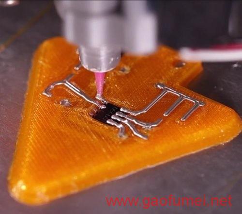 印度科学家研发可嵌入衣物的天线可实时收集检测数据