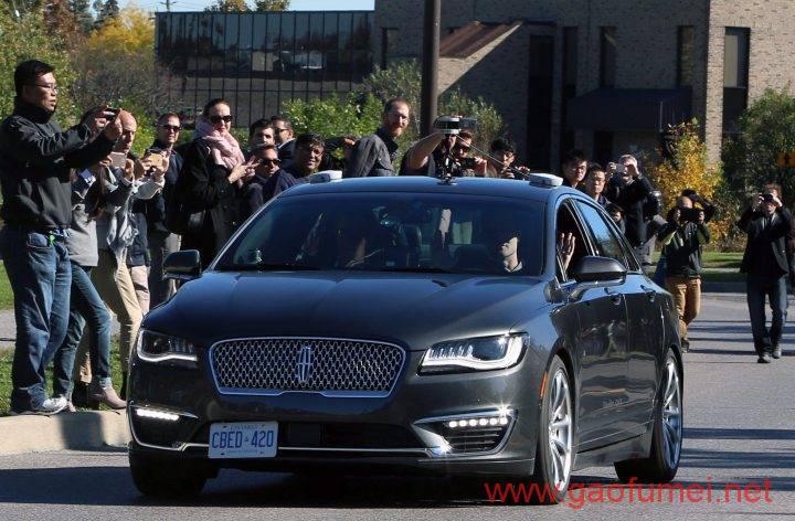 黑莓转战自动驾驶首辆无人车上路实测