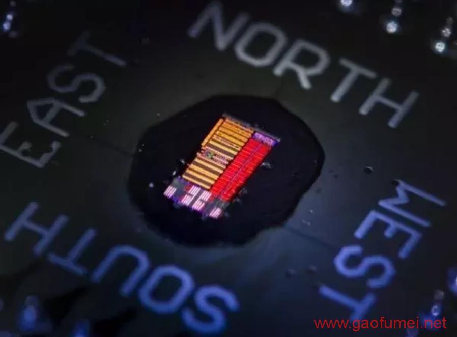 牛津科学家领衔研发新型光子芯片运算速度比人脑快1000倍