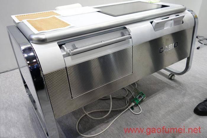卡西欧推出2.5D打印机可打印出具有特殊纹理的纸张